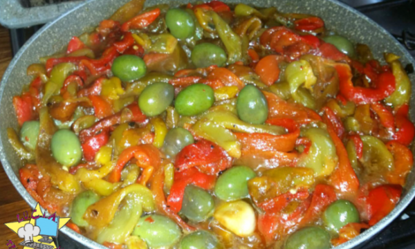 Peperoni e olive – Ricetta napoletana
