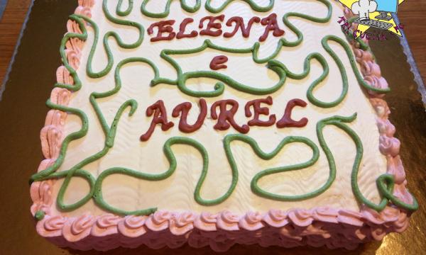 torta di compleanno quadrata