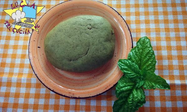 Pasta fresca home made al basilico