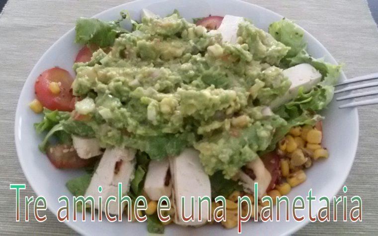 Tofu alla griglia con insalata e guacamole