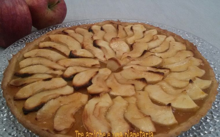 Crostata di mele e marmellata di cachi