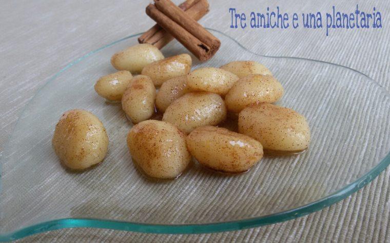 Gnocchi di patate alla polesana con zucchero e cannella