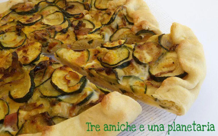 Torta salata zucchine, porri e prosciutto cotto