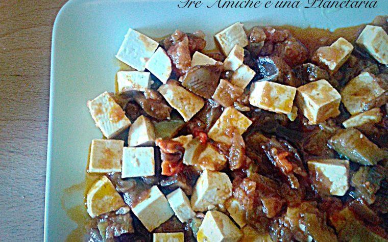 Tofu in salsa di melanzane