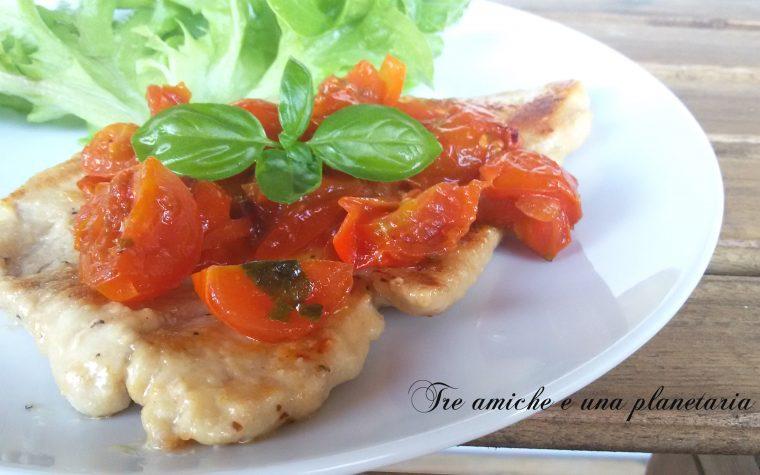 Scaloppine tenerissime di tacchino con salsa di pomodorini