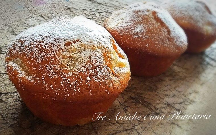 Muffin senza uova e burro all'ananas