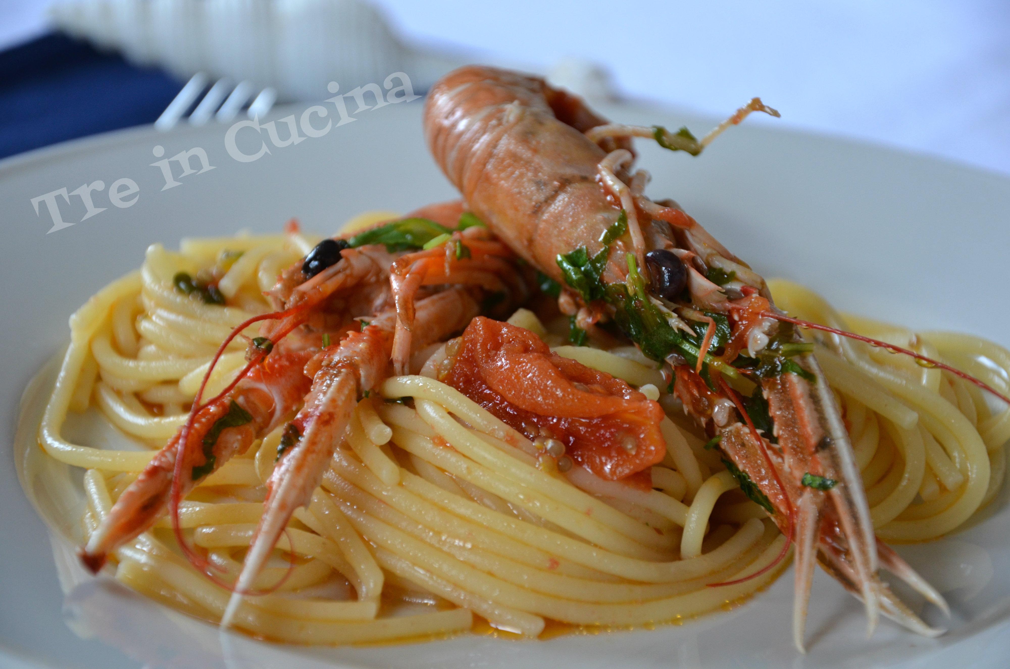 Spaghetti con gli scampi (ricetta passo-passo)