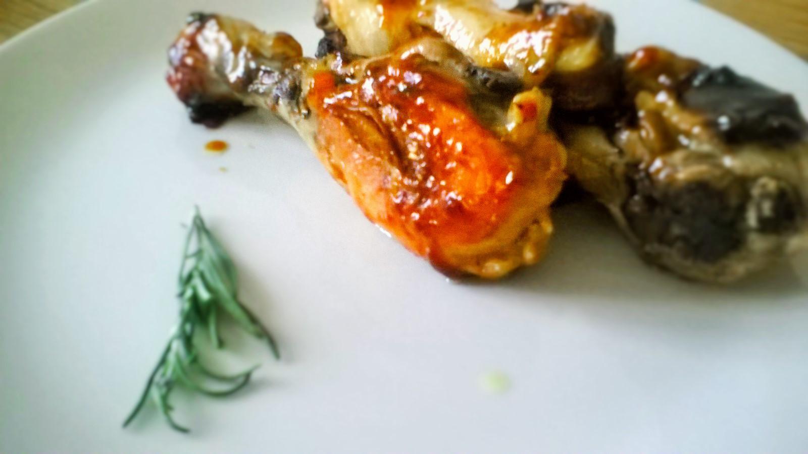 Pollo piccante allo zenzero, miele e salsa worcester