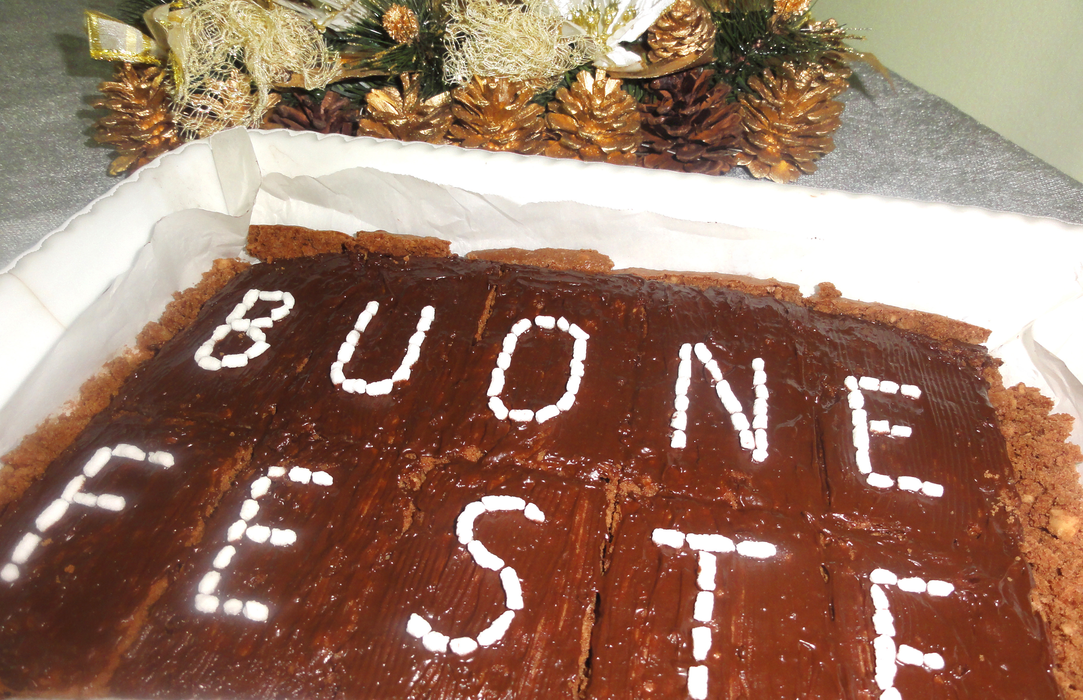 Brownies natalizi alle nocciole