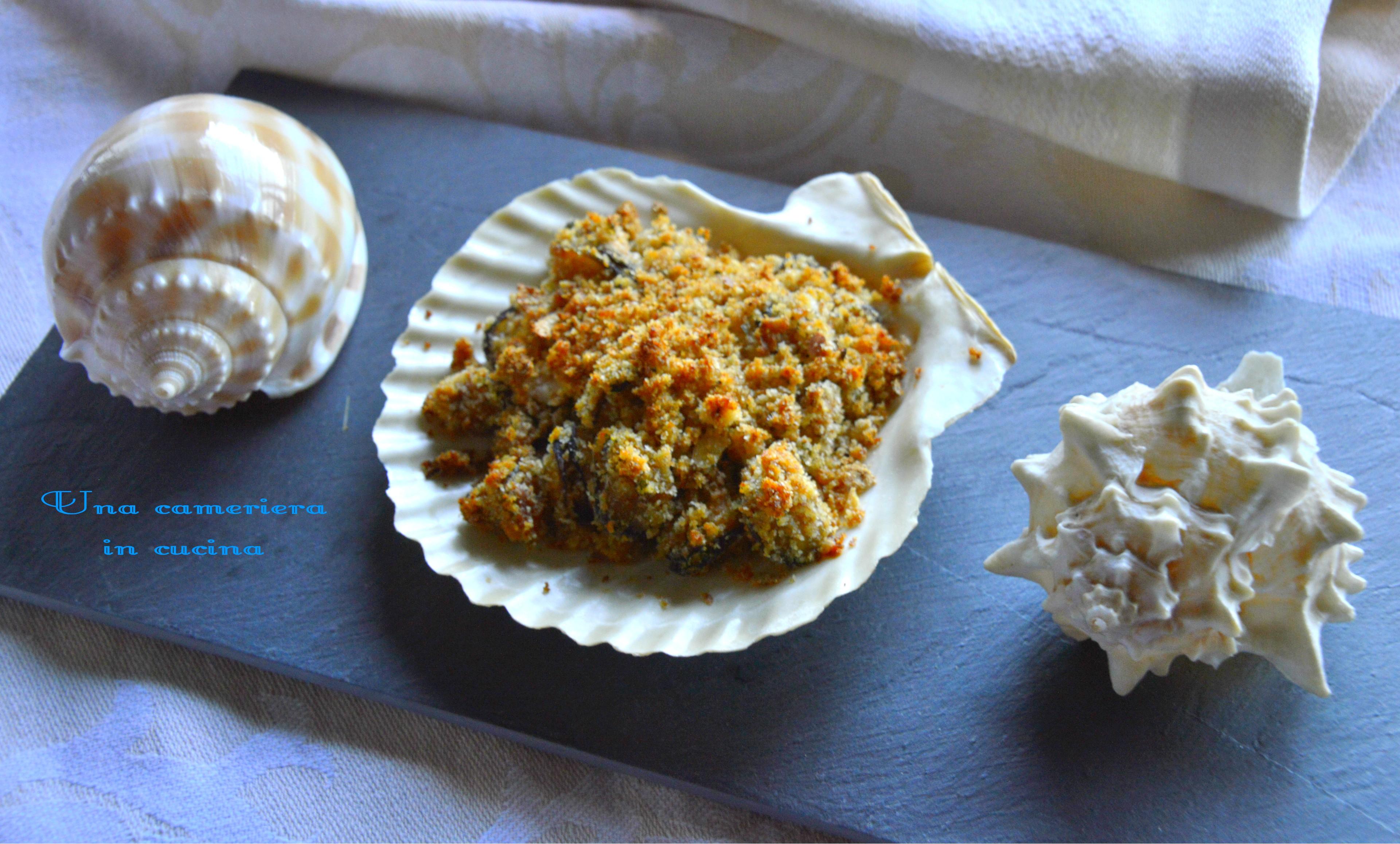 Cozze gratinate ricetta facile e veloce una cameriera in for Cucinare le cozze
