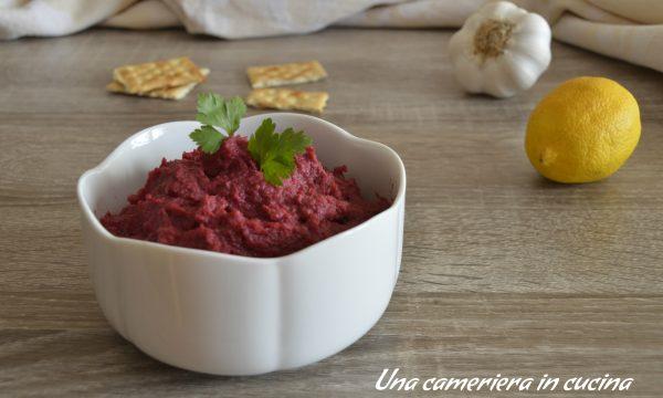 Hummus di ceci e barbabietole rosse