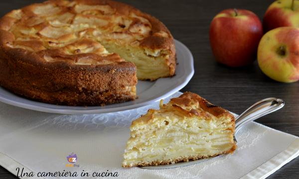 Torta di mele e vaniglia a strati