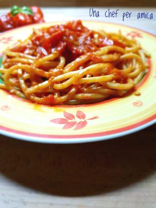 Spaghetti con pomodorino del piennolo