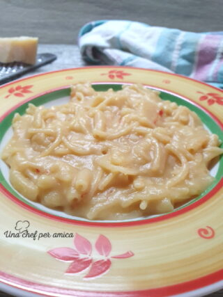 Pasta e patate con la provola 1