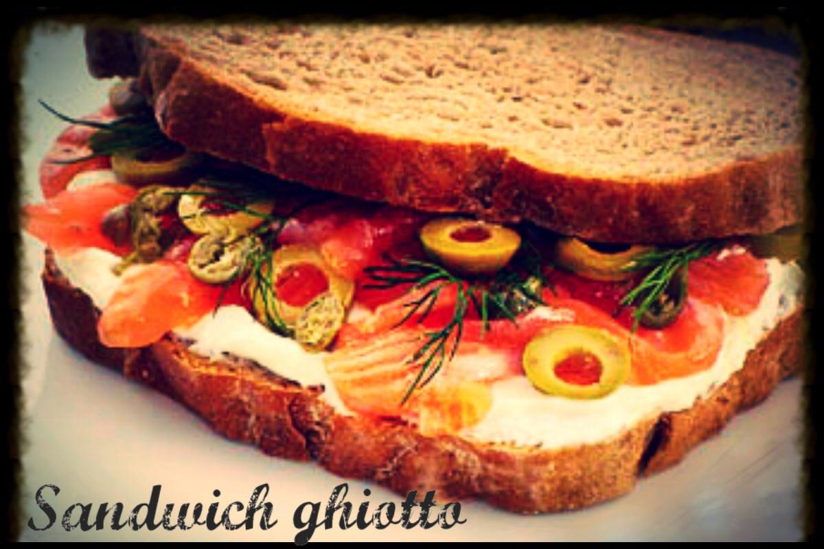 Sandwich ghiotto