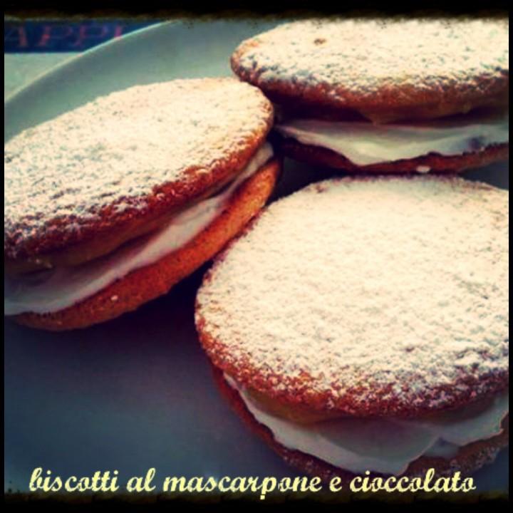 Biscotti al mascarpone e cioccolato