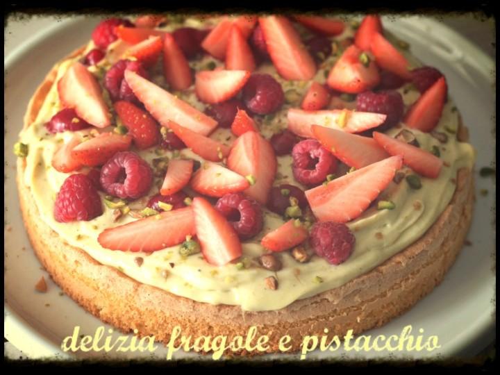 Delizia fragole e pistacchio