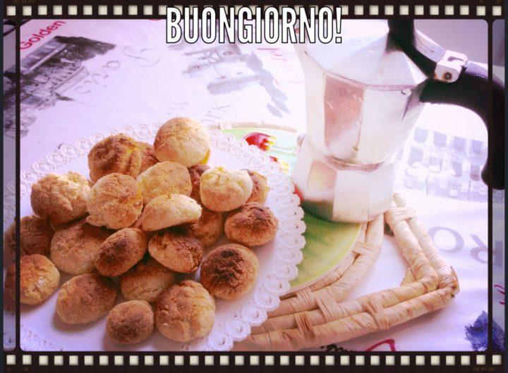 Amaretti a colazione