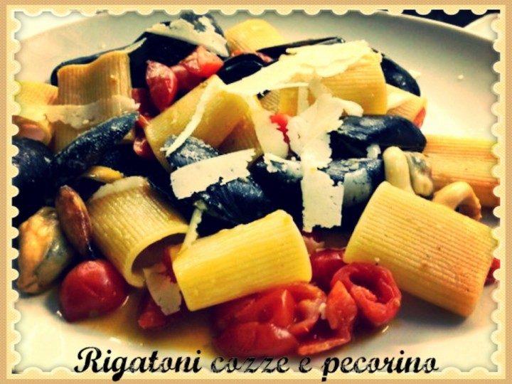Rigatoni cozze e pecorino