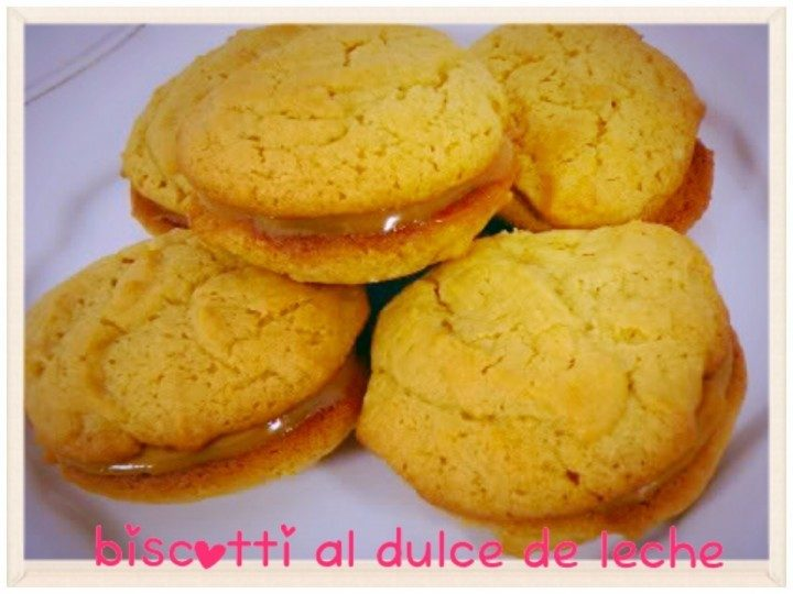 Biscotti al dulce de leche