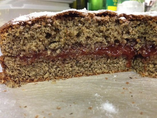Torta al grano saraceno e marmellata