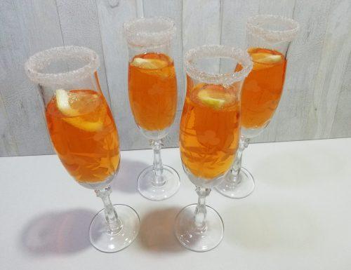 Come decorare i bicchieri da cocktail