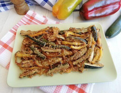Zucchine e peperoni gratinati al forno