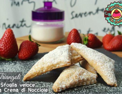 Triangoli di Pasta Sfoglia veloce alla Crema di Nocciole