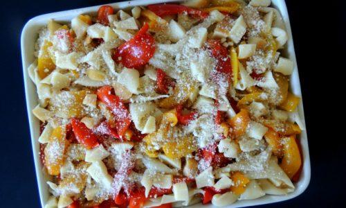 Sagne al forno con peperoni e scamorza