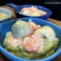 gamberetti-su-purea-di-patate-e-avocado-