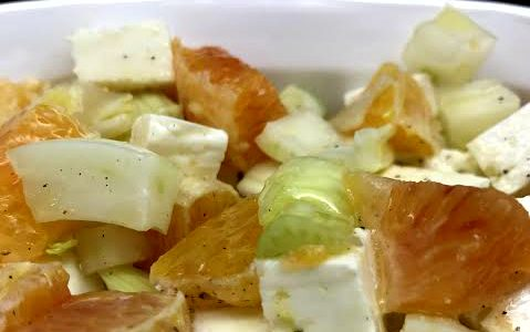 Insalatina finocchi, arance e quartirolo