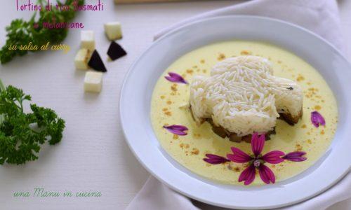 Tortino di riso Basmati e melanzane su salsa al curry