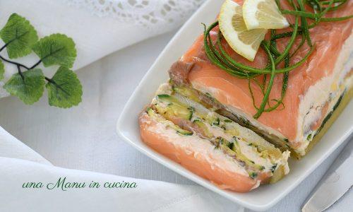 Terrina con zucchine e mousse al salmone