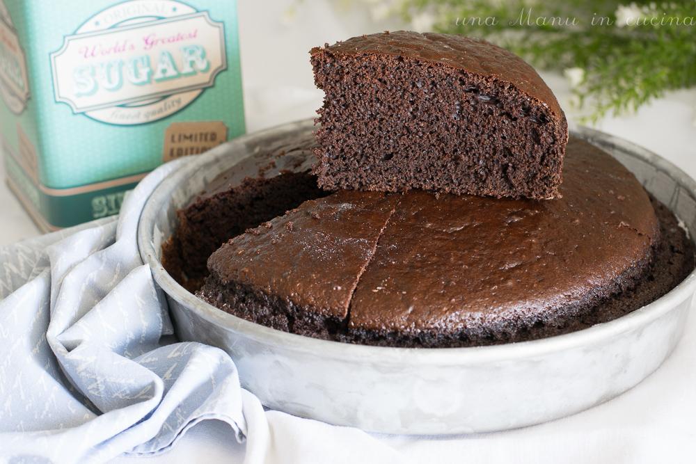 Torta Soffice al Cacao – Ricetta Senza Olio Né Burro