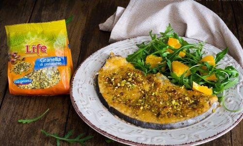 Pesce spada gratinato al succo d'arancia e pistacchi