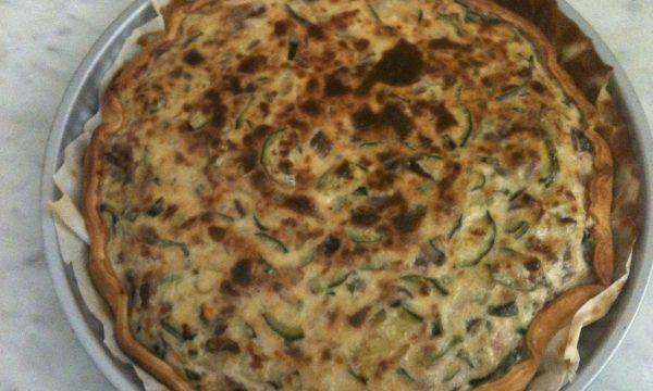 Rustica di zucchine e formaggio morbido