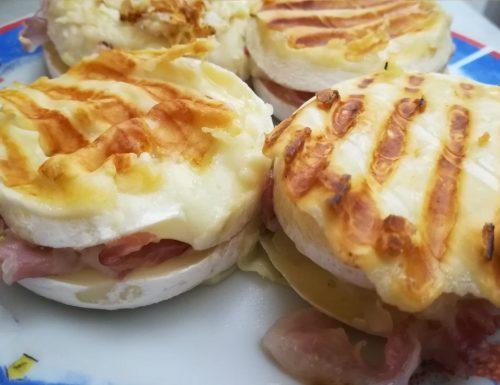 Sandwich di tomino