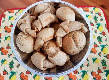 Panini alla farina di orzo e kefir