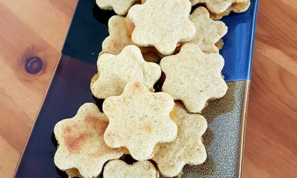 Biscotti senza zucchero alla mela