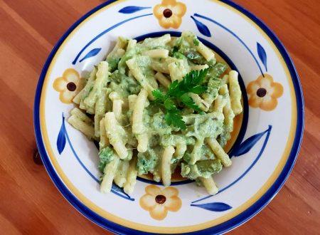 Sedanini asparagi, zucchine e piselli