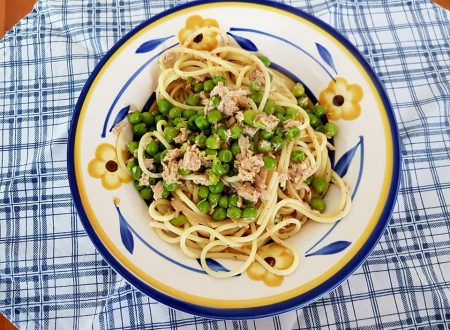 Spaghetti tonno e piselli
