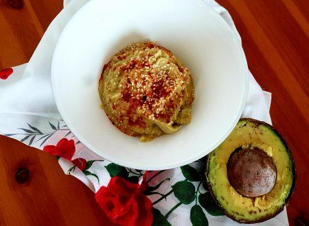 Hummus di cannellini e avocado
