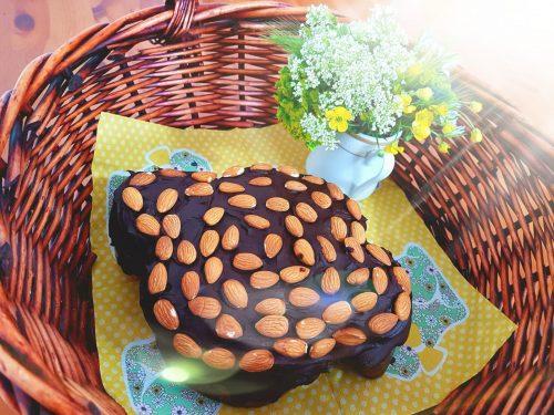 Colomba al cioccolato e mandorle