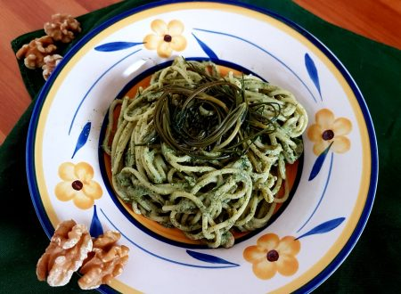 Spaghetti al pesto di agretti e noci