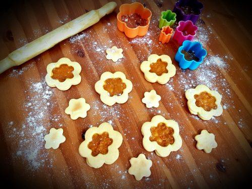 Biscotti evolution con marmellata di pesche