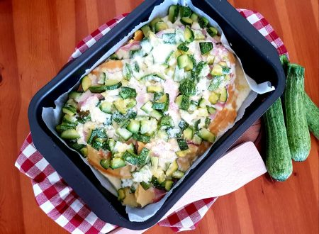 Crespelle con zucchine, prosciutto cotto e formaggio
