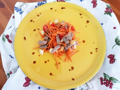 Insalata di manzo e verdure