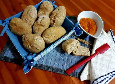 Pane semintegrale con mix di farine biologiche