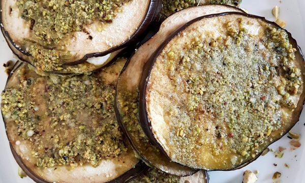 Panini di melanzane al pistacchio