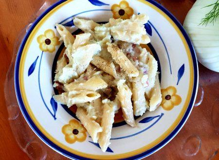 Pasta con crema di finocchi e speck